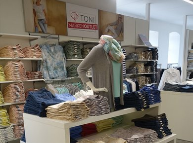 TONI Outlet Hilter